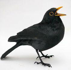 Inspiration by mike rayner videos Clay Birds, Pet Birds, Love Birds, Beautiful Birds, Sculpture Art, Sculptures, Blackbird Designs, Owl, Garden Birds