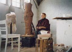Gertraud Mowhald: ceramist sculpture artist