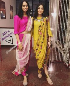 Some fun and glam ways of wearing sarees for bridesmaids -Awesomelifestylefashion Indian Gowns, Indian Attire, Indian Wear, Indian Outfits, Indian Party Wear, Kurta Designs, Saree Blouse Designs, Indian Designer Outfits, Designer Dresses