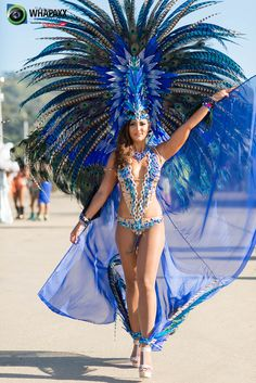 that HEADPIECE is gorgeous: Trinidad Carnival 2015