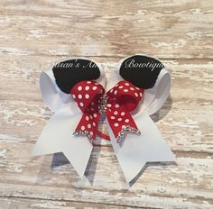 Minnie Mouse cheer bow by susansamazingbows on Etsy