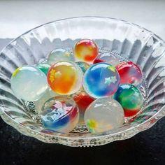 九龍球の作り方! Japanese Snacks, Japanese Sweets, Sweets Recipes, Gourmet Recipes, Yummy Drinks, Delicious Desserts, Jelly Cake, Rainbow Food, Agar