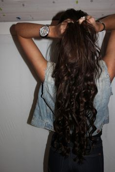 This time, I'm actually going to SUCCEED at growing my hair out. I want this.
