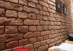 Old British Brick- Natural - Decorative Wall Covering- 1m²/panel