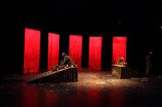 dubois-clement-scenographe-decors-theatre-cie-DF-Déjà-la-pierre-pense-où-votre-nom-s'inscrit-14-18-martin-mallet-freydfont-cours-des-3-coquins