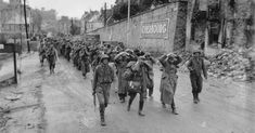 JUN 27 1944 Why the other nations fought for Hitler US Army troops marched German prisoners of war through Cherbourg. Ancient Egypt History, Ancient Egyptian Art, Ancient Aliens, Ancient Greece, D Day Normandy, D Day Landings, Cherbourg, Prisoners Of War, United States Army