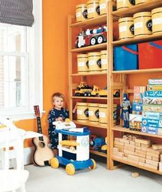20 Creative Tips for Kids' Rooms No need to spend on new storage containers when you can repurpose what's on hand. Here, a collection of potato chip cans become storage bins with the application of mailing labels. Kids Storage, Storage Bins, Playroom Storage, Plastic Container Storage, Storage Containers, Mobiles, Kids Decor, Home Decor, Decor Ideas