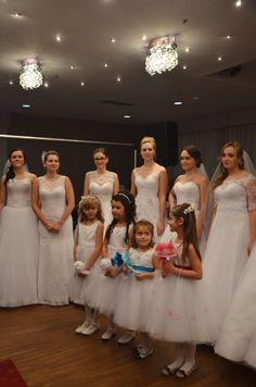 Pokaz sukien ślubnych Maripossa. #weddinggdress #wedding #targiślubne