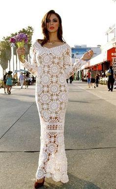 Длинное платье из мотивов вязаное крючком. Красивое платье крючком со схемами |