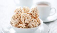 A maringhe al caffé, vagyis kávés csúcsok Magyarországon inkább kávés habcsók néven ismeretes. Az olaszok cappuccino mellé vagy egyszerűen csal délutáni harapnivalónak is szeretik.