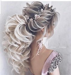 DIY Ponytail Ideas You're Totally Going to Want to 2019 Formal Ponytail Hairstyle; Wedding Hairstyles Related Lange Frisuren mit Schichten - Holen Sie sich den Promi-Look.