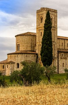 The #Abbey of Sant'Antimo - Castelnuovo dell'Abate, #Montalcino (Siena), #Tuscany, Italy