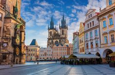 Top 10 Must-See Attractions & Places in Prague published in TopTeny magazine Travel - Do you like travelling and discovering new places? What do you think of going to Prague? Prague is the capital. Prague Old Town, Prague Castle, Pont Charles, Prague Christmas, Christmas Markets, Visit Prague, Prague Travel, Renaissance Architecture, Travel