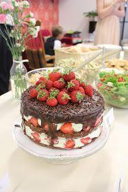 KakkuKatri: Minttuinen mansikkasuklaakakku Cheesecake, Desserts, Food, Tailgate Desserts, Deserts, Cheesecakes, Essen, Postres, Meals
