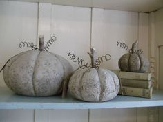 Simply Bungalow: Pumpkins, pumpkins...fall is here!