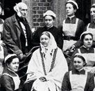 Te presentamos a Florence Nightingale (1820-1910), pionera de las actuales enfermeras profesionales--> http://www.muyinteresante.es/ia-que-heroina-se-llamo-la-dama-de-la-lampara