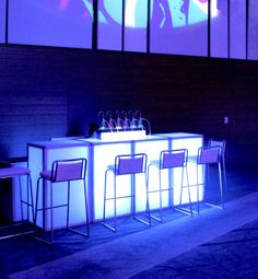 Breathe over pure oxygen infused with aromatherapy scents through a disposable nose hose with our LED Oxygen Bars Corporate Event Design, Massage Room, Spa Massage, Exhibition Stand Design, Acrylic Panels, Tech House, Lounge Areas, Event Decor, Living Room Decor