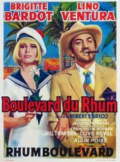 """Boulevard du rhum est un film franco-italo-espagnol réalisé par Robert Enrico, sorti en 1971. 1925 : la Prohibition (1919-1933) est appliquée aux États-unis. Le long des eaux internationales, sur la ligne des 3 miles à partir des côtes US (le Rum Row : le """"Boulevard du Rhum""""), les bateaux chargés d'alcool des rum-runners attendent que les canots rapides viennent prendre livraison. Le bateau de Cornelius van Zeelinga (un brave capitaine, bagarreur, costaud mais pas très futé…),"""
