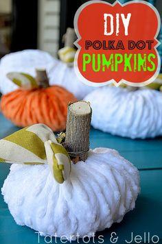 DIY Polka Dot Pumpkins - it's the great pumpkin week this whole week It's The Great Pumpkin, Diy Pumpkin, Pumpkin Crafts, Fall Crafts, Dyi Crafts, Pumpkin Ideas, Holidays Halloween, Halloween Kids, Halloween Pumpkins
