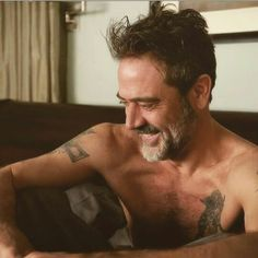 Jeffrey dean morgan Plus