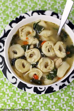 Cheese Tortellini Soup With Chicken & Spinach