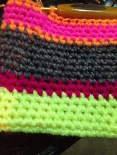 cellphone purse for sold Friendship Bracelets, Blanket, Purses, Crochet, Handbags, Crocheting, Blankets, Wallets, Cover