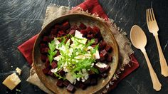 Salát z červené řepy se sýrem cottage