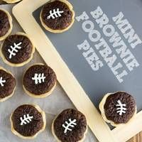 Just added my InLinkz link here: http://www.graceandgoodeats.com/2014/01/28/sixty-super-game-day-eats/#more-3747