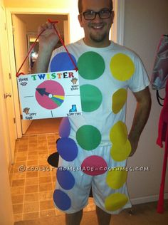 Dirty Last-Minute Twister Costume... This website is the Pinterest of funny Halloween costumes