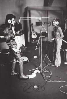 David Bowie and Lulu recording her cover of 'The Man Who Sold The World' at the Chateau July 1973