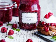 Vadelmahillo Seasonal Food, Food Pictures, Preserves, Berries, Strawberry, Fruit, Recipes, Syrup, Finland