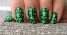 Nail Stamping.  Clovers from Bunny Nails plate HD-B purchased here:  http://bunnynails.ecrater.com/p/17046652/hd-b-nail-art-stamp-plate