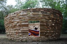 Gallery - BAG Transforms Wooden Pallets into Temporary Space Observatory - 6
