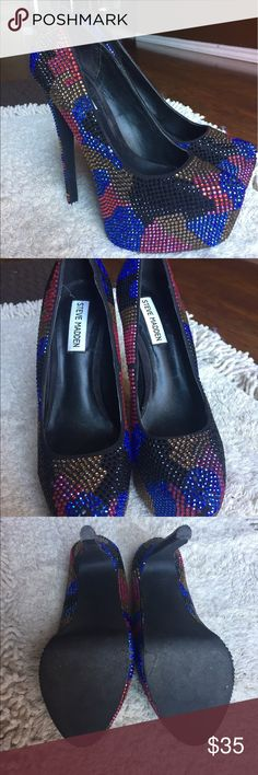 Steve Madden Sequenced Pumps Super cute Steve Madden Heels that are in great condition! Steve Madden Shoes Heels
