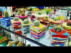 Reciclaje. Decoración de macetas - YouTube Cactus, Table Decorations, Youtube, Home Decor, Garden, Decoration Home, Home Decoration, Painted Pots, Recycled Materials