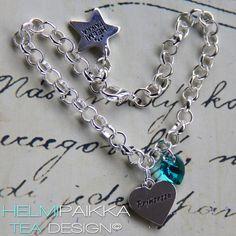 Amulettirannekoru Prinsessa tekstisydän amuletilla ja turkoosilla Swarovskin kristallilla <3