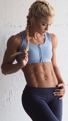 Great abs Fit Girl Motivation, Fitness Motivation, Muscular Women, Sporty Girls, Yoga Fashion, Bodybuilding Workouts, Ripped Girls, Athletic Women, Muscle Girls
