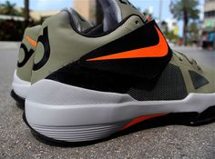 14fae9403f8e Nike Zoom KD IV  Rogue Green  - Available - SneakerNews.com. Kevin DurantKobe  BryantNike ZoomRoguesChampsNba