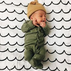 1,824 vind-ik-leuks, 24 reacties - @spearmintbaby op Instagram: 'The sweetest little guy this Sunday morning! ❤ @arielledee spearmintLOVE.com'