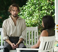BTS of S3: the porch scene. Tom without his frock coat & boots, to stay cooler in Atlanta heat. (Should we tell him that he's ALWAYS hot?)