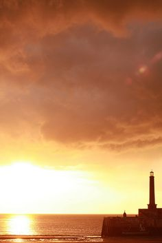 Maragte has the best sunsets, a different one everyday, magical (Margate stormy sunset by sebcoxfurniture, via Flickr)