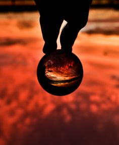 Red is the color of love, in this case also of the sunset - by zliebphotography Wide Angle Photography, Sunset Photography, Crystal Ball, Im Not Perfect, Bubbles, Crystals, Reflection, Relax, Magic