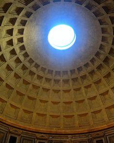 Panteão  #parthenon #pantheon #vilaromana #roma #rome #italy #italia #it #eurotrip #details by adrianaberquo