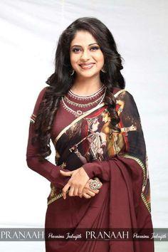 Trendy and stylish Saree design Kerala Saree, Indian Sarees, Kalamkari Saree, Silk Sarees, Saree Blouse Patterns, Dress Patterns, India Fashion, Ethnic Fashion, Beautiful Saree