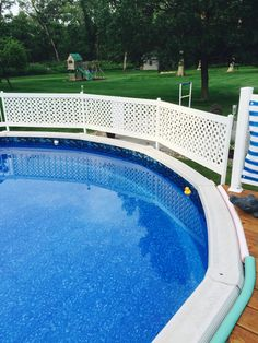Above ground pool fence diy 1 2inch pvc pipe and white pvc for Above ground pool privacy ideas