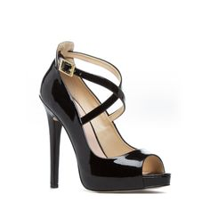Black Pump: from work to evening -- Jacky by Signature on ShoeDazzle #style #shoes #fashion