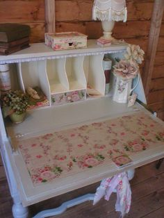 VERY SHABBY CHIC ROMANTIC 'DUCK EGG' BUREAU DESK WITH PARIS & ROSES £165.00
