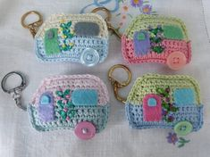 Handmade Crochet Caravan Keyrings crochet a caravan caravana ganchillo Crochet Gifts, Cute Crochet, Crochet Yarn, Crochet Flowers, Crochet Keychain, Crochet Earrings, Crochet Motifs, Crochet Patterns, Crochet Mignon