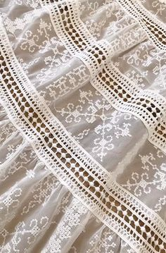 Sewing Hacks, Sewing Crafts, Sewing Projects, Bridal Dress Design, Linens And Lace, Heirloom Sewing, Dress Sewing Patterns, Embroidery Dress, Lace Design