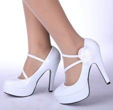 wedding shoes... Love the shape